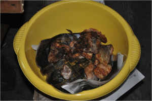 3 times fish a day – bucket with fried Chir (Photo: M. Schaepman, July 2013).