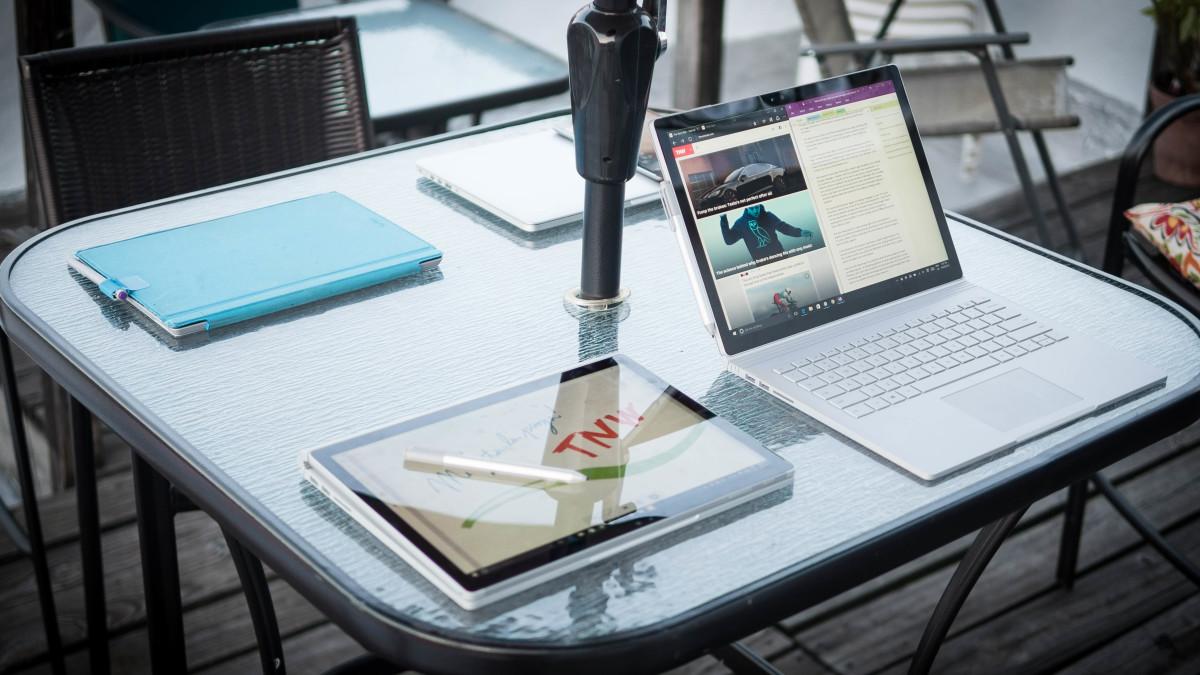 Windows Schulungsräume erhalten 2-in-1 Surface Books